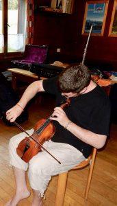 Philip Douvier, Musiker, Musiktherapeut und -pädagoge